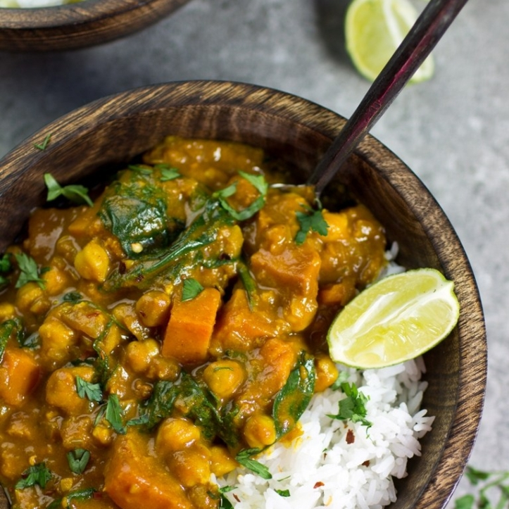 sweet-potato-chickpea-curry-1-of-1