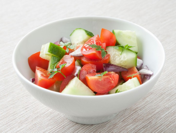 492-diabetic-simple-summer-cucumber-tomato-salad_082418_1021x779_2959761669