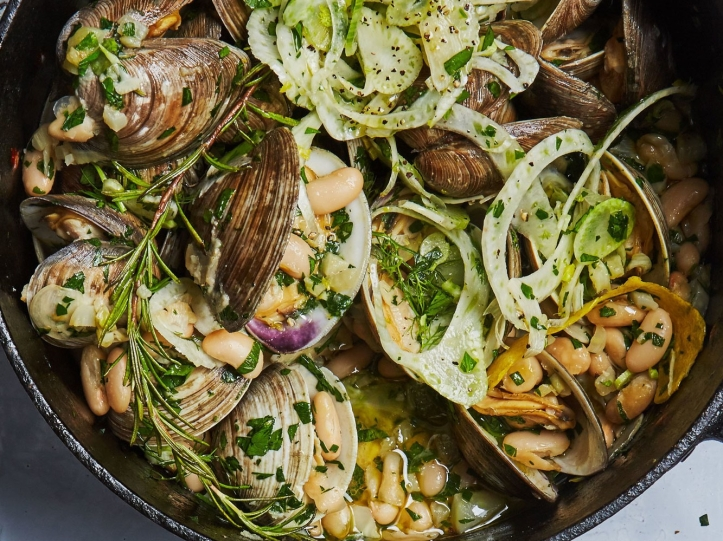 clams-in-white-bean-sauce-ba-011917